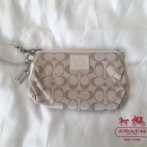 Coach Beige Wristlet or Clutch. Darling!